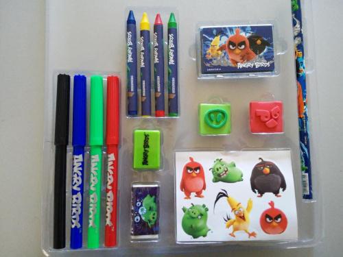 Zestaw plastyczny 16 el Angry Birds kredki pisaki